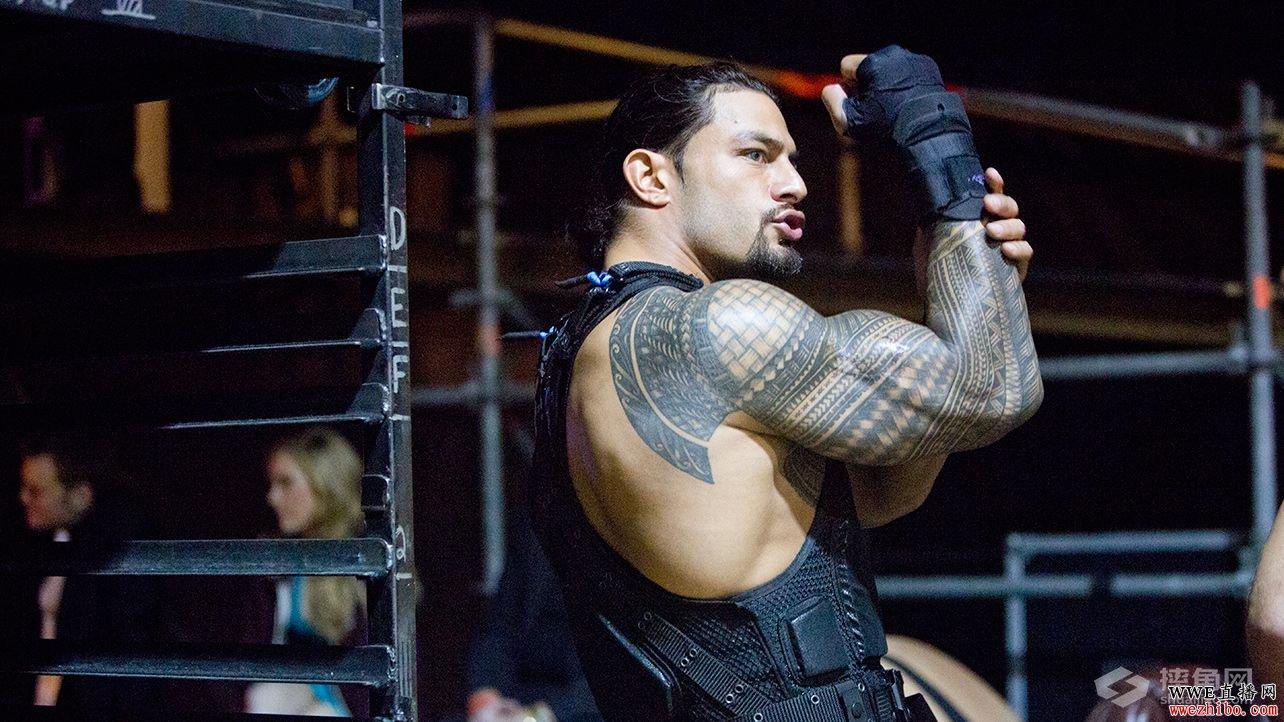 如前报道,文斯麦克曼(Vince McMahon)将会在明日的《WWE RAW 2015.12.29》节目中回归WWE。两周前老麦卷入了HHH(Triple H)夫妇与WWE世界重量级冠军罗曼雷恩斯(Roman Reigns)的恩怨,最后遭到罗曼的超人飞拳的攻击。 因为明日NFL辛辛那提孟加拉虎VS丹佛野马的大战,所以公司才会安排文斯出场,防止收视率暴跌。明日约翰塞纳(John Cena)也将会正式回归电视节目,他将对战美国冠军阿尔伯托德里奥(Alberto Del Rio)。 对于老板的回归,罗曼在推